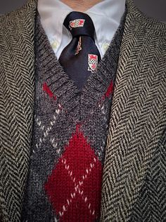 J. Press Harris Tweed and silk tie for Kent School (CT), Brooks Brothers white Gatsby OCBD, Spauldings of Oak Park wool argyle vest (England).