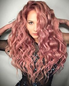 20 Rose Gold Hair Color Ideas + Tips on How to Color – Latest Hairstyles bob hairstyles Cabelo Rose Gold, Rose Gold Hair, Pink Hair, Blond Rose, Gold Hair Colors, Hair Colour, Dyed Hair Pastel, Grunge Hair, Hair Dos