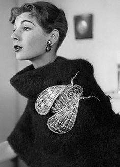 Fashion Elsa Schiaparelli Italian fashion desig… – Best Of Likes Share Elsa Schiaparelli, 1950s Fashion, Fashion 2017, Vintage Fashion, Fashion Trends, Fashion Women, Fashion Decor, Fashion Stores, Fashion Hair