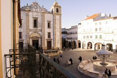 Évora Terrace Hostel - Google+ Hostel, Terrace, Mansions, House Styles, Google, Mansion Houses, Manor Houses, Patio, Terraces