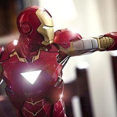 Governo dos EUA pede ajuda de Hollywood para construir seu Homem de Ferro