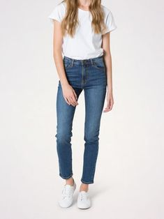 Ultra flattering and a dream to wear, Lucy is the jean you'll never want to take off. Featuring a high-rise and relaxed-skinny silhouette, you'll have this jean on high rotation. Denim Crafts, Karen Walker, Colored Denim, High Rise Jeans, Stretch Denim, Perfect Fit, Organic Cotton, Skinny Jeans, My Style