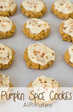 Pumpkin Spice Cookies (AIP/Paleo) - Tigernut flour and Arrowroot Paleo Dessert, Paleo Snack, Paleo Sweets, Pumpkin Dessert, Paleo Breakfast, Healthy Desserts, Delicious Desserts, Healthy Food, Pumpkin Spice Cookies