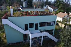La cité Frugès, à Pessac (Gironde), est un fleuron de l'architecture avant-gardiste de Le Corbusier. Le Corbusier, Good House, Architecture Art, Design Projects, Villa, France, Interior, Outdoor Decor, Aquitaine