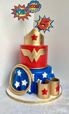 45 trendy birthday party ideas super hero wonder woman ideas for birthday Wonder Woman Birthday Cake, Wonder Woman Cake, Wonder Woman Party, Birthday Cake Girls, Birthday Woman, Superhero Cake, Superhero Birthday Party, 50th Birthday Party, Birthday Ideas