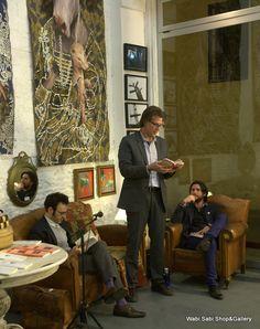 Fotografías del primer ciclo de lectura de poesía en Wabi Sabi  http://wabisabigallery.com/blog/2012/03/ciclo-de-poesia-i-las-fotos/