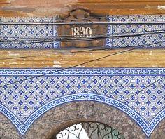 Azulejos antigos no Rio de Janeiro: Santo Cristo VII - rua Santo Cristo