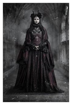 #Gothic model Morticia Eve in a neo-victorian outfit