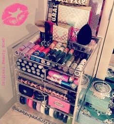 Makeup Storage www. Makeup Storage www. Makeup Goals, Love Makeup, Makeup Tips, Beauty Makeup, Makeup Box, Makeup Stuff, Skin Makeup, Eyeshadow Makeup, Maybelline Eyeshadow
