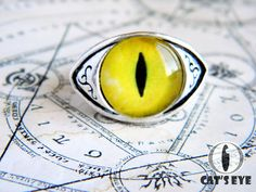 Adjustable  eye ring  yellow lemon cats eye от CatsEyeHandmade