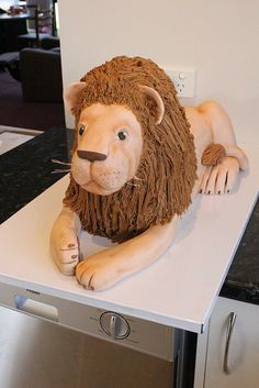 3D Lion cake tutorial 25 by Say it with Cake, via Flickr