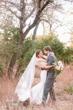 Vista West Ranch Wedding, Hill country Wedding, vintage wedding, austin wedding, austin wedding photographer, bride, groom, winter wedding, hill country wedding venue, Texas, Jennifer Weems Photography