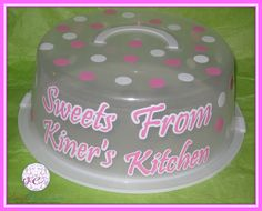 Sweets from Kiner's Kithchen cake carrier Pie Carrier, Cupcake Carrier, Kitchen Pans, Silhouette Cake, Cake Holder, Personalized Cakes, Pie Pan, Vinyl Cutter, Cake Plates