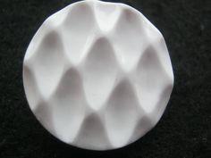 20 Stück Jackenknöpfe mit Öse,Weiß,Plastisch,Durchmesser ca.26 mm,Neu,Lübecker Knopfmanufaktur von Knopfshop auf Etsy