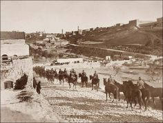 Australian Light Horse Men Entering Jerusalem by Frank Hurley Ww1 History, Military History, World War One, First World, Royal Horse Artillery, Australian Photography, Anzac Day, Lest We Forget, Wwi