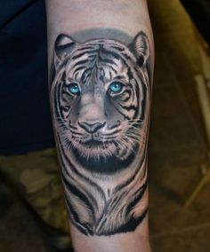 3D true Realistic Tiger Tattoo, it seem alive with special eyes, do you think…