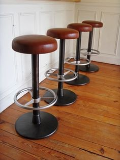 tabouret de bar style and steel...jpg
