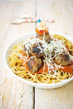 Dutch Recipes, Italian Recipes, Dinner Is Served, Meatball Recipes, I Love Food, Pasta Recipes, Easy Meals, Healthy Recipes, Healthy Foods