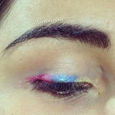 Maquillaje tricolor independencia de Colombia