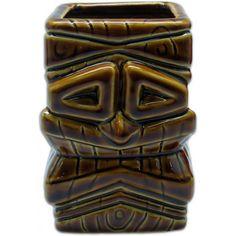 Wann steigt bei Dir eigentlich die nächste Tiki Party? Glaub uns, Cocktails schmecken mit unseren Tiki Bechern gleich doppelt so lecker wie aus einen üblichen Supermarkt Glas und sehen dazu noch richtig cool aus. Auf den Keramik Tiki Bechern werden meist polynesische Gottheiten in knalligen Farben abgebildet. Die Tiki Becher bestehen aus hochwertig lasierten Keramik und sind zum Teil handbemalt.