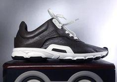 Vega 2 #shoes #sneakers #mockup #shoedesign #shoedesigner #footweardesign #footwear #conceptkicks #concept #scifi #science #sculpting #futuristic #glider #speed #shoemaker #shoemaking #handmade #modern #sole #work #arch