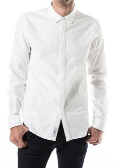 Organic cotton - Slow fairtrade fashion made by AoE for Just Fashion Ethical Fashion, Mens Fashion, Fair Trade Fashion, Chef Jackets, Organic Cotton, Bomber Jacket, Menswear, Clothing, Shirts