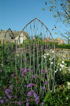 Set of 2 Willow Trellis (Plant supports) at Garden Trading Garden Fencing, Garden Trellis, Garden Planters, Garden Landscaping, Garden Crafts, Garden Projects, Garden Art, Willow Garden, Garden Arches