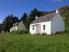 Isle of Gometra Teacher's Bothy - Cottages for Rent in Isle of Mull, Argyll, United Kingdom West Coast Scotland, Irish Cottage, Bothy, Highland Homes, Scottish Islands, St Kilda, Good House, Small Island, Renting A House