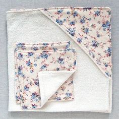 Baby Towel and Washcloth Set / swaddle baby in this soft and warm blanket after a bath & use the soft facecloth during bathtime  / SEWING project / instructions/ this is cute!!