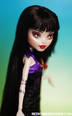 Commission - Frankie for Kristen by ~retrogradeworks Custom Monster High Dolls, Monster High Repaint, Custom Dolls, Food Sculpture, Mattel Dolls, Doll Repaint, Dollhouse Dolls, Doll Crafts, Beautiful Dolls