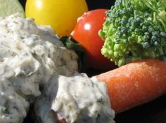 A quick & easy Dill Dip from The Baking Beauties