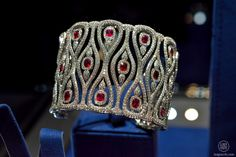 High Jewellery houses including Chopard, Alexandre Reza and Buccellati exhibited at TEFAF 2015 in Maastricht. Weird Jewelry, Ruby Jewelry, Gems Jewelry, High Jewelry, Diamond Bangle, Diamond Jewelry, Clean Gold Jewelry, Art Deco Diamond, Ankle Bracelets