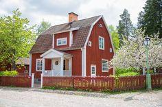 En klassisk vy om man känner till gamla Linköping! #meralink #linköping #linköpinglive #hus #igsweden #igscandinavia #bestofscandinavia #swedenimages #nordic #summer #sommar