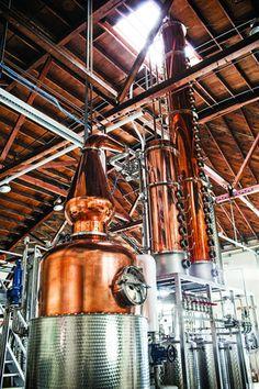 Vodka and gin made in Sebastopol, California at Spirit Works Distillery. Gin Distillery, Brewery, Distilling Alcohol, Moonshine Still, Pot Still, Beer Recipes, Tasting Room, Cool Bars, Wine Country