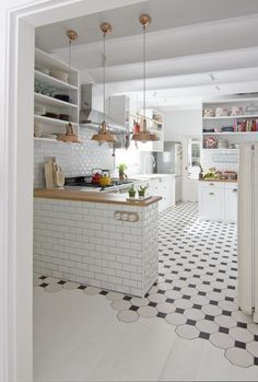Kitchen flooring ideas, Best pictures, design and decor about tile pattern. inexpensive - Kitchen floors for my modern kitchen