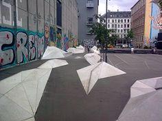 Nansensgade Skatepark er er street spot med skæve obstacles som giver dig god udfordring. Der er også basket og andre street muligheder