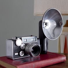 Argus Brick Camera now featured on Fab. Old Cameras, Vintage Cameras, Photography Tools, Photography Equipment, Aperture, Fujifilm Instax Mini, Inventions, Home Goods, Brick