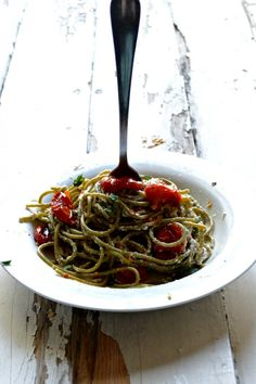 Blistered Tomato and Ricotta Spaghetti \\ Sarcastic Cooking #MeatlessMonday