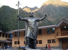 Inca statue of Tupac Amaru - the last Inca king who Tupac was named after.