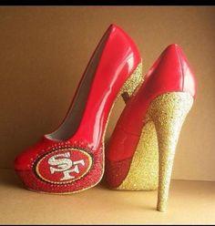 17bbab283ee8 Football meets fashion. Enjoy the Superbowl ! Super Bowl Xlvii