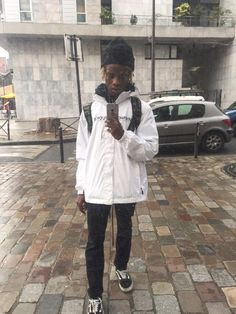 Life Lessons With Ian Connor, thabumble: Ian Connor