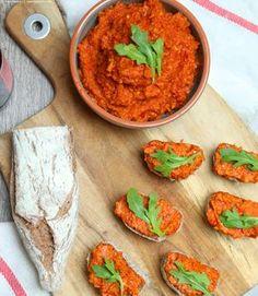 Lieblingsstulle mit leckerem Cashew-Tomaten-Aufstrich | whatinaloves.com