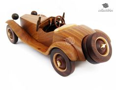 Alfa Romeo 6 c 1750 1928 replica collectible Alfa Romeo, Wooden Toy Cars, Wood Toys Plans, Woodworking Projects For Kids, Pinewood Derby, Scroll Saw Patterns, Toy Collector, Wooden Boxes, Kids Studio
