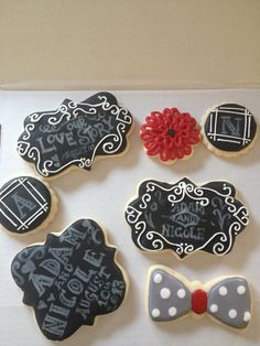Items similar to Filigree Wedding Cookie Favors - Gold Silver - 1 doz - Bridal Shower - Golden Silver Anniversary on Etsy Cute Cookies, Cupcake Cookies, Sugar Cookies, Cookies Et Biscuits, Cookie Favors, Chalkboard Cake, Chalkboard Wedding, Royal Icing Sugar, Royal Icing Cookies
