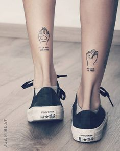 74 Tiny Unique Foot Tattoo Art Design For Woman To Try Your First Tattoo -, , Tattoos Piercings, Tiny Foot Tattoos, Little Tattoos, Dog Tattoos, Mini Tattoos, Body Art Tattoos, Tattoos For Guys, Lion Tattoo, Tattoo Art, Foot Tattoos For Women