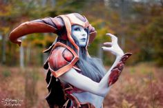 AwesomeShyvana cosplay from League of Legends bySwansel Photo byStephane You Photography