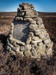 Graves of the gallant Highlanders. #potd #Outlander via @TheMattBRoberts from Outlander Starz twitter