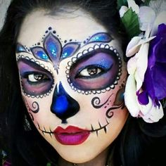 Sugar skull, halloween costume make up Mais Sugar Skull Halloween, Halloween Kostüm, Halloween Face Makeup, Vintage Halloween, Halloween Costumes, Sugar Skull Face Paint, Sugar Skull Makeup, Sugar Skull Art, Sugar Skulls