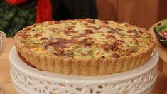 Sagolik lökpaj med ädelost - Recept - Stowr Kebab Wrap, Snack Recipes, Snacks, Pudding Desserts, Swedish Recipes, Recipies, Veggies, Food And Drink, Dishes
