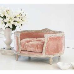 Pink dog bed - French Bedroom Gift List